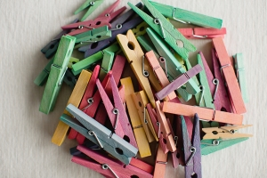 DIY Stained Clothespins with Food Coloring